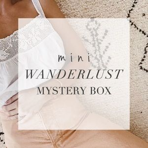MINI WANDERLUST mystery box